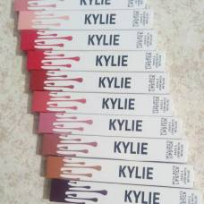 Помада матовая Kylie Matte Lipstick Metal Talise